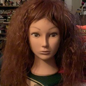 New Gorgeous Reddish Wig with tags wavy